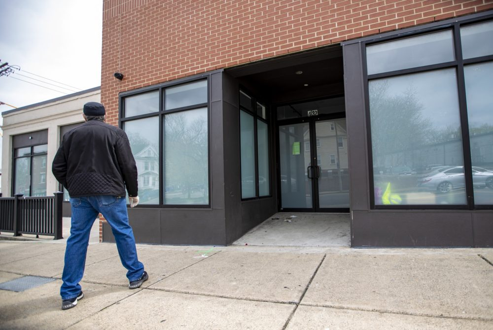 Recreational Marijuana Dispensaries Reopen for Business in Mass - With Restrictions